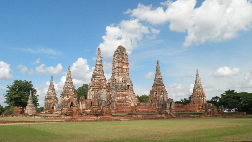 Old temples Ayutthaya