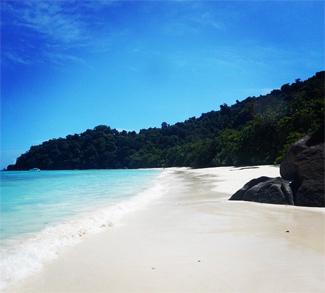 Long beach of Koh Tachai